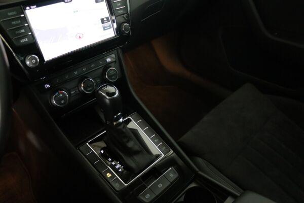Skoda Superb 2,0 TDi 150 Style Combi DSG billede 10