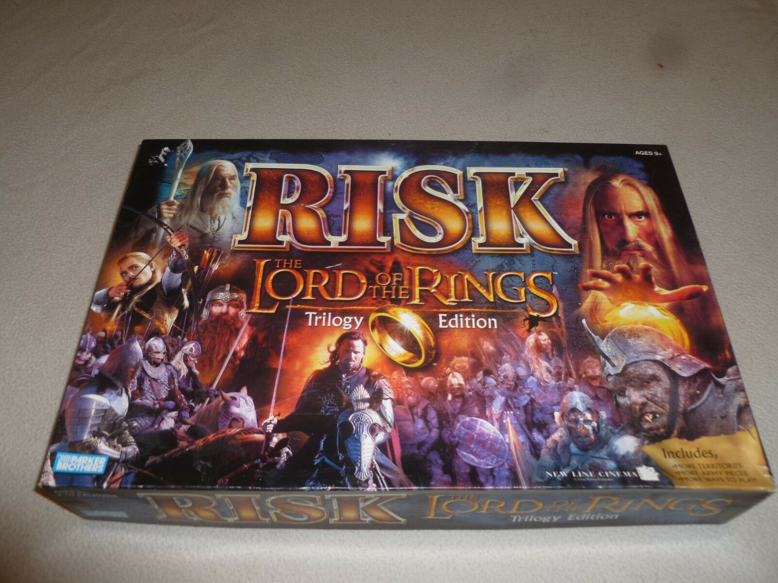 BOXED BOARD GAME RISK LORD OF THE RINGS TRILOGY EDITION PARKER BredHERS 2003