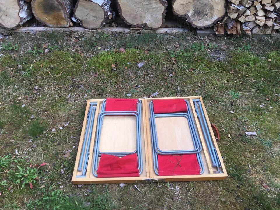 Retro campingbord med 4 små lærredstole