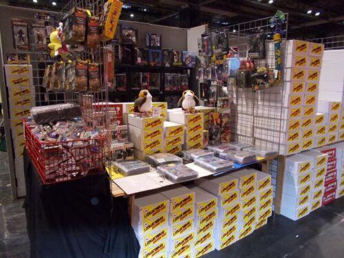 star trek   fantasic boxs as seen at comic con