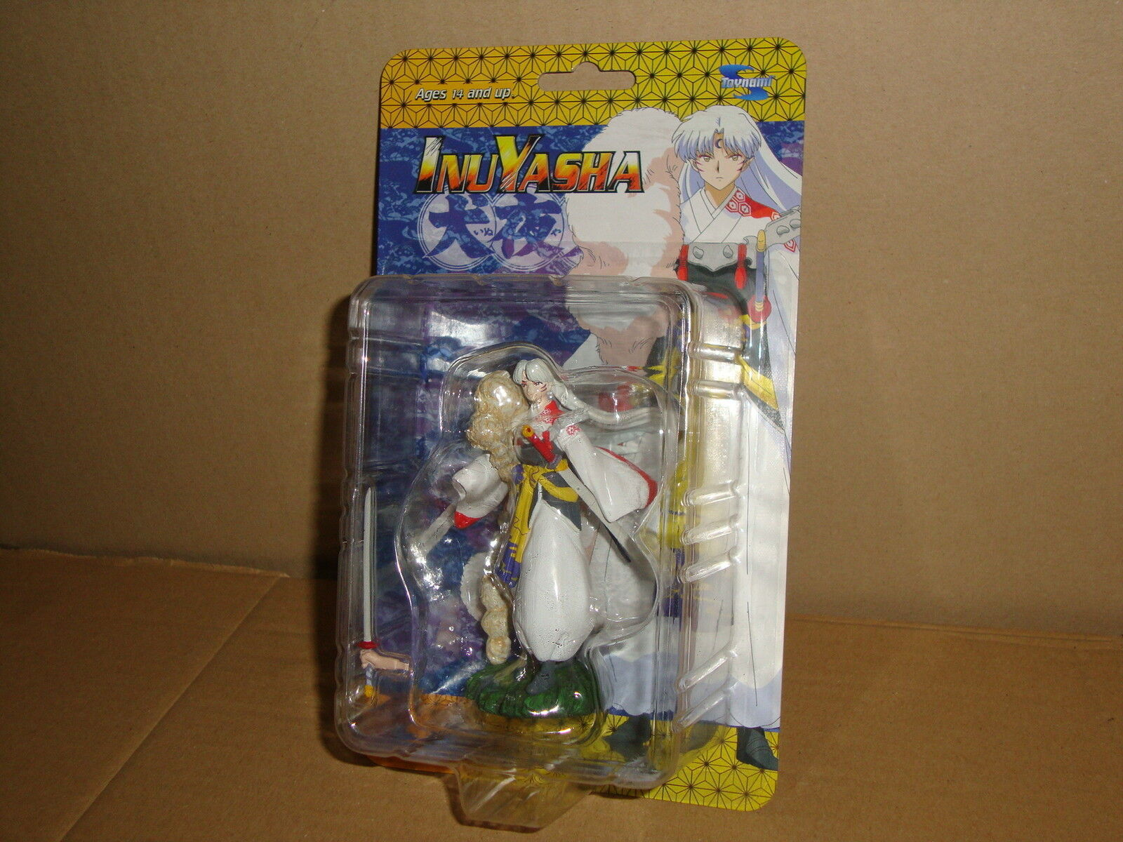 SESSHOMARU INUYASHA MINI ACTION FIGURINE ABOUT 4  BY TOYNAMI NEW IN CARD