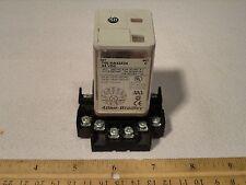 Techwood TAS-126C Aspirateur ERP sans Sac 700 W