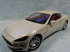 1/18 ???? MASERATI GRAND TURISMO 2DR.COUPE IN PEARL WHITE  BY MONDO CLASSICS.