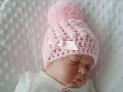 baby crochet hat for girl or boy white pompom  hand made tiny baby 2-3 lb 3-6m