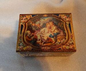 Vintage-Kemps-biscuits-Antique-Casket-tin-modelled-on-antique-snuff-box-in-V-amp-A-2