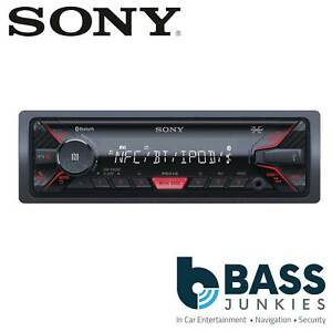Sony-DSX-A400BT-Single-Din-AUX-USB-MP3-iPhone-iPod-Bluetooth-Mechless-Car-Stereo