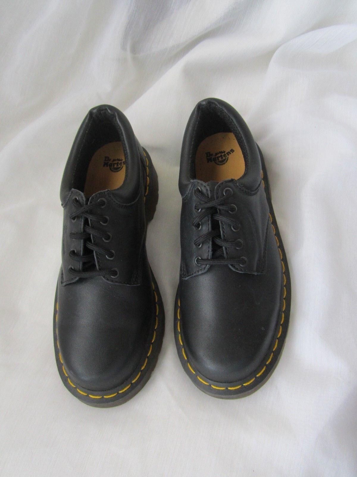 Dr Martens Original Airwalk Oxford Lace Up 5-Eyelet Shoe Taglia EU 38 USA 8-8.5