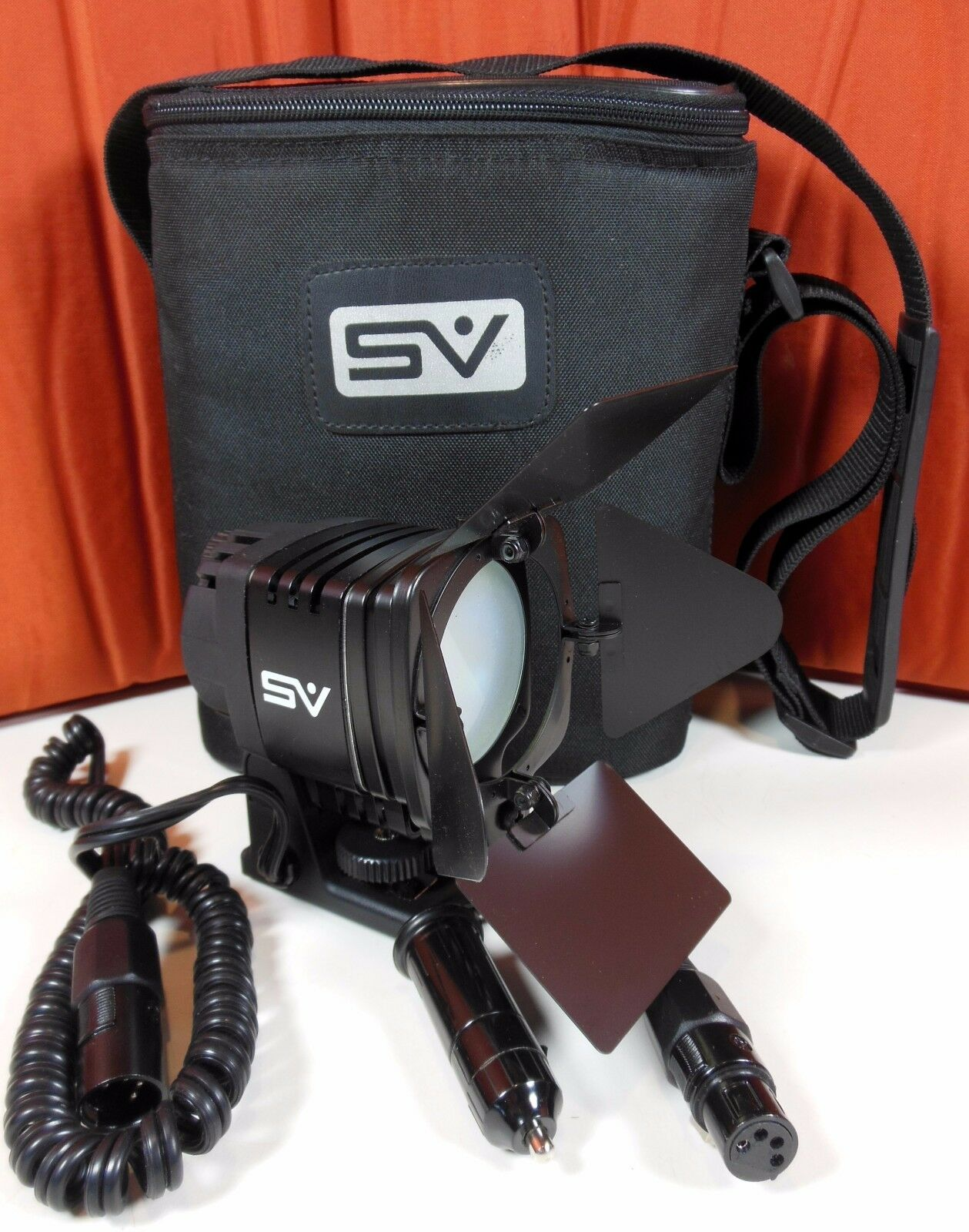 Smith Victor SV950 Interview Camera DC Tungsten Light W/ Carry Bag. Ships Free !