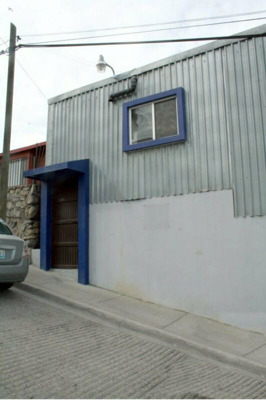 OFICINAS EN RENTA EN AV. DE LAS FERIAS COL. VILLA LOMAS, TIJUANA B.C.