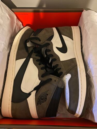 Nike Air Jordan 1 Retro High Travis Scott CD4487-1