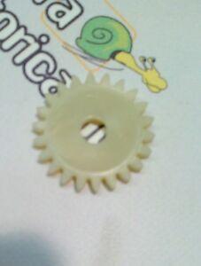 RICAMBIO-MINARELLI-4005757-INGRANAGGIO-POMPA-H2O-OLIO-COND-Z22-MALAGUTI-74003900