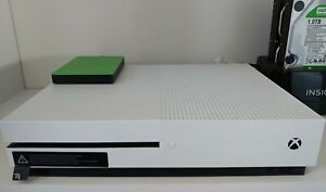 Microsoft Xbox One S bundle 500GB White Console