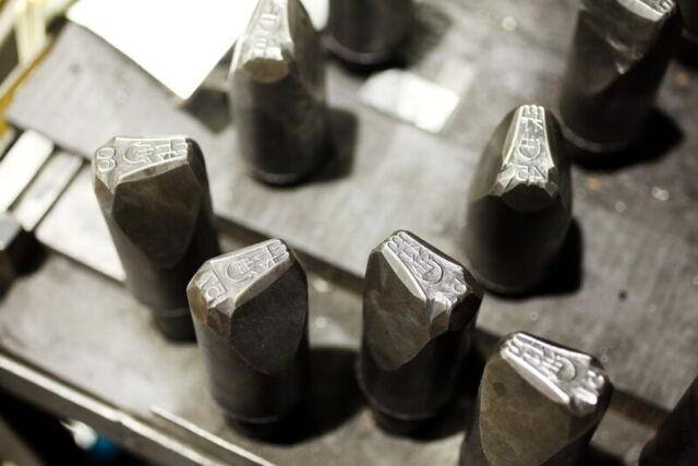 Yamada Kogyo iron punching one-hand wok 36 cm Thickness 1.6mm ATY9236