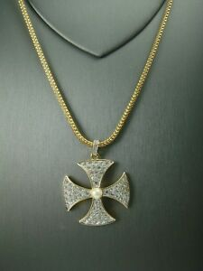 VTG-70-039-S-PAVE-RHINESTONE-GOLD-TONE-MALTESE-CROSS-PENDANT-ON-30-034-FOXTAIL-CHAIN