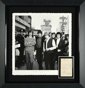 """Rolling Stones """"Bite the big Apple"""" Autographed Display"""