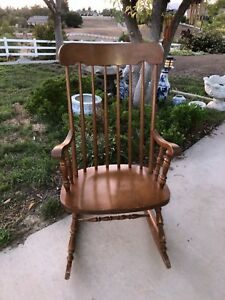 Fabulous Details About Vintage Traditional Solid Wood Spindle Back Rocking Chair Small Adult Child Beatyapartments Chair Design Images Beatyapartmentscom