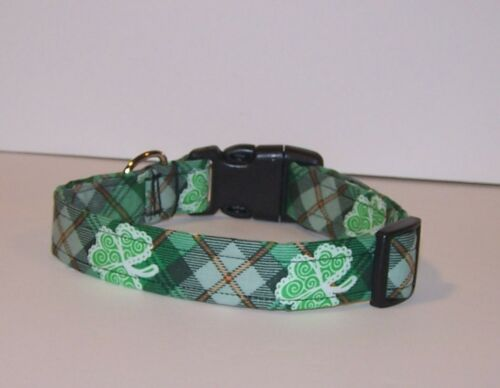 Green plaid dog collar  Stylish dog collar  Great for St Patricks Day and every day!