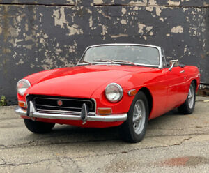 1970 MG MGB Black and Red
