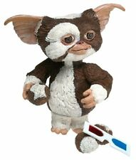 Gremlins Gizmo Action Figure with 3 Mogwai Balls and 3-D Glasses