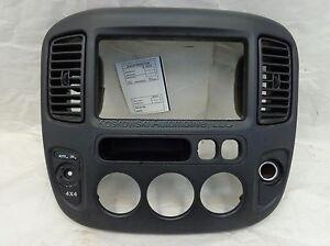 Ford Escape Center Dash Instrument Panel Radio Bezel 01 02 03 04 2L8Z7804302NAA