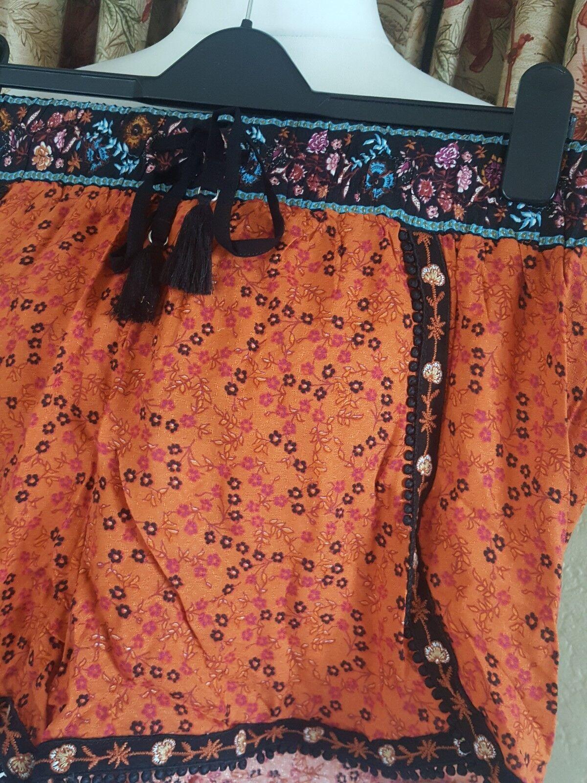 Señoras Pantalones cortos de óxido Runner-nueva Ditsy bordado Runner-nueva óxido Imagen Talla 16-vacaciones de verano f08b86