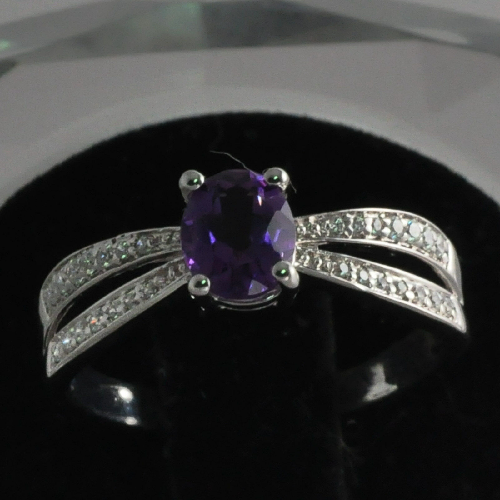 4x6mm Oval Cut Solid 14kt 585 White gold Natural Amethyst Natural Diamond Ring