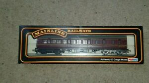 OO-Gauge-MAINLINE-37-116-BR-MAROON-57-039-2nd-CLASS-BRAKE-COACH-M5335M-BOXED