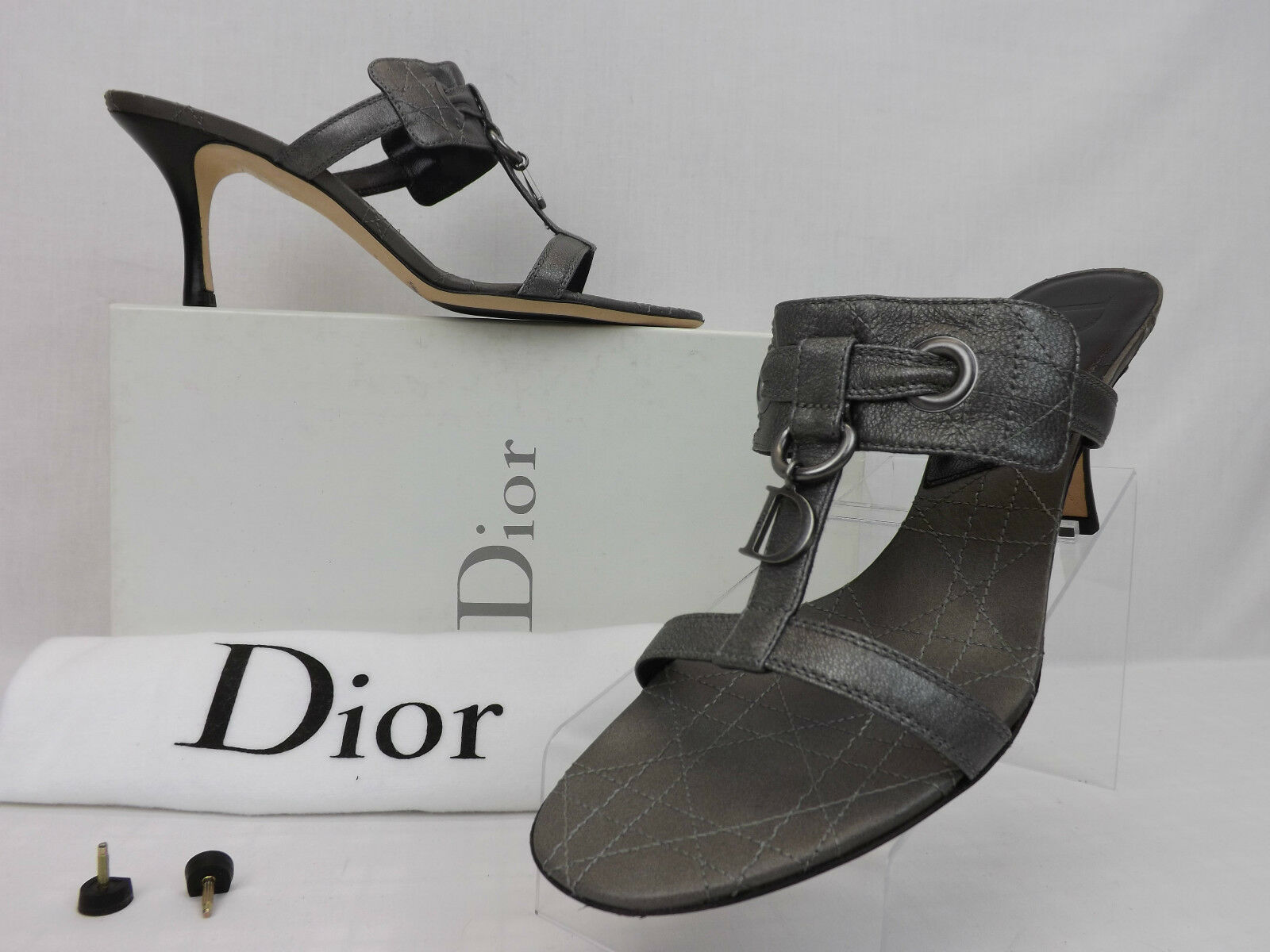NIB CHRISTIAN DIOR CANNAGE DUSTY SILVER LEATHER CD CHARM SANDALS PUMPS 38.5 8.5