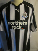 Newcastle United 2010-2011 Home Football Shirt XL / 13117