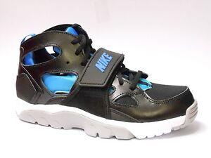 a7c15be760ad2 Nike Huarache Baskets garçon chaussures noires GB Taille 4 4.5 5 5.5 ...