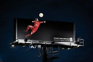 LED-Videowand-Videowall-P-10-Billboard-Bandenwerbung-FUR-AUSSEN-und-INNEN
