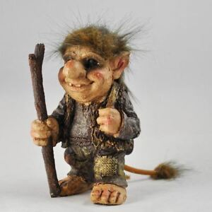 Troll-Holding-Walking-Stick-Sculpture-Gift-Ornament-Home-Fantasy-Home-Decor