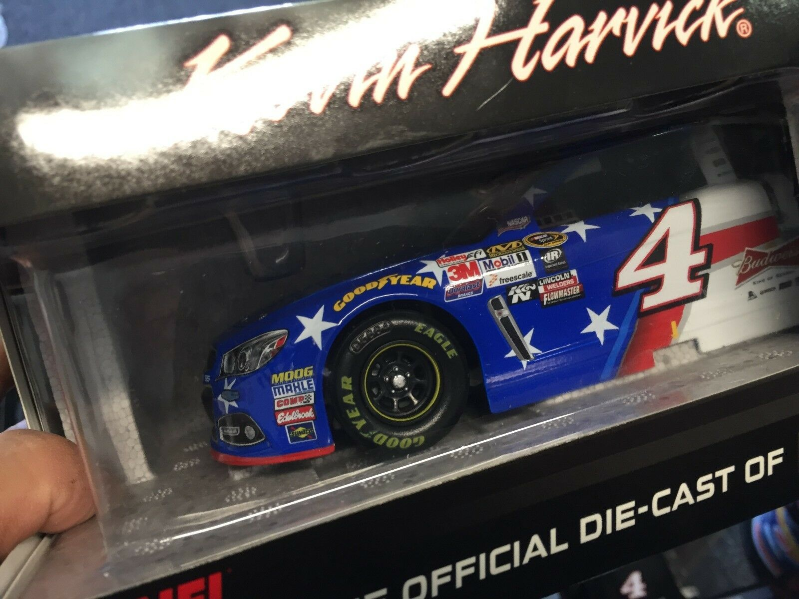 Action 1 24   Kevin Harvick    4 Outback Folds of Honor   2015 Chevy SS 1 of 769