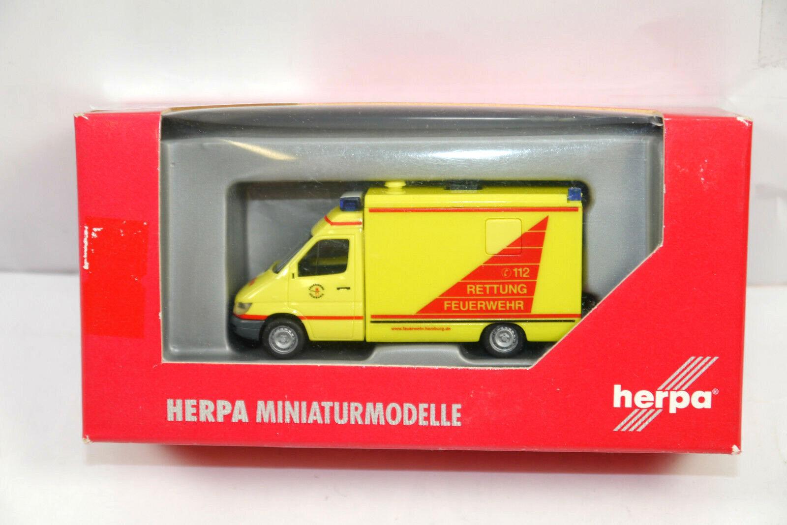 Herpa MB Sprinter Retour au Travail Sauvetage Pompier Modèle de Voiture 1 87 (