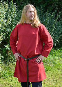 BANDTILEUlfberth Langarm-Tunika aus Baumwolle Rot Mittelalter Hemd LARP S-XXL