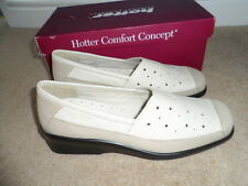 new & boxed Ladies Hotter soft beige leather slip-on ella shoes size 6.5