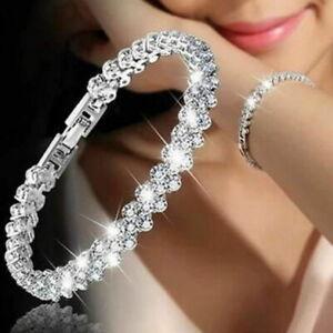 Cubic-Zirconia-Roman-Sliver-Tennis-Heart-Bracelet-Made-with-Swarovski-Crystal