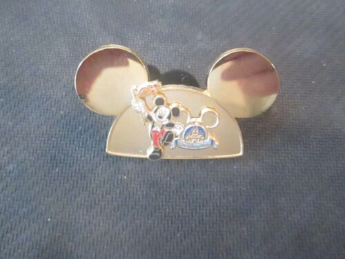 WALT DISNEY WORLD GOLD LIKE MICKEY 2005 PIN