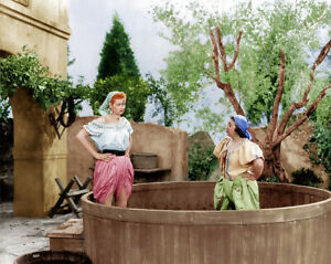I-Love-Lucy-Lucille-Ball-Grape-Stomping-8x10-Photo