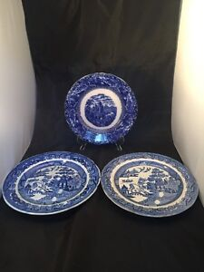 Antique Vintage Willow Ware Plates One Maybe Swansea - <span itemprop=availableAtOrFrom>london, London, United Kingdom</span> - Returns accepted - london, London, United Kingdom