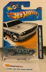 Dodge-Challenger-Concept-153-Silver-KMART-Hot-Wheels-2012-Y2