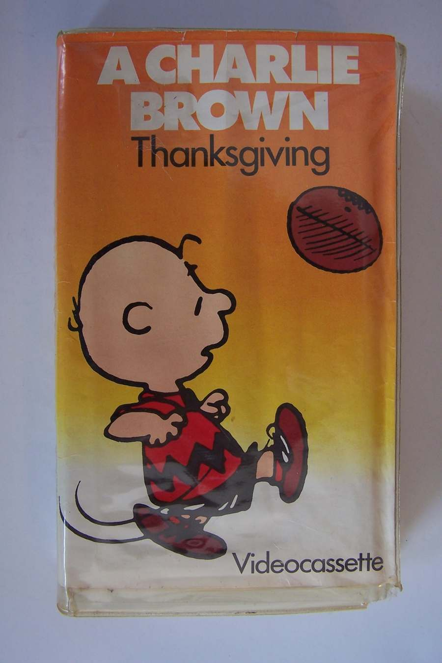 Peanuts: A Charlie Brown Thanksgiving VHS Videocassette
