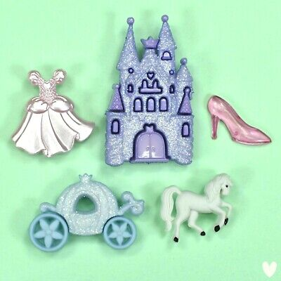 DRESS IT UP BUTTONS PRINCESS//HAPPILY EVER AFTER CRAFTS//CARDMAKING 4 PIECES