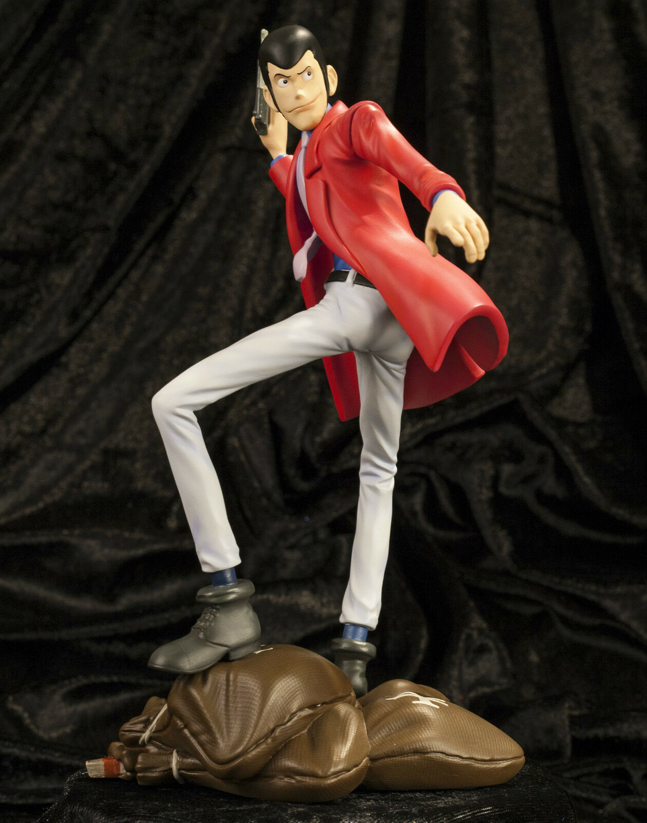 LUPIN III Statue - LIMITED EDITION - NEW - Anime Manga 23 cm - RESIN