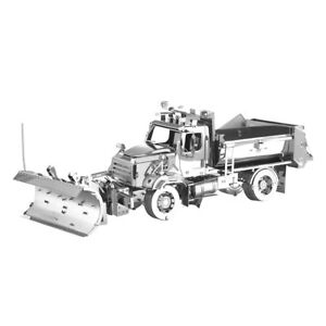 FASCINATIONS METAL EARTH Freightliner CAMION SPAZZANEVE neve 114SD 3D Kit Modellino In Acciaio