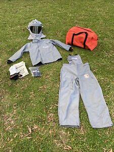 Salisbury Pro-Wear Arc Flash Protective Clothing Kit by Honeywell Sz Med NEW!
