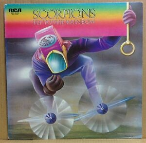 SCORPIONS-FLY-TO-THE-RAINBOW-LP-w-Insert-Orig-JAPAN-ISSUE-RVP-6089