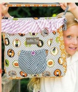 NWT-MATILDA-JANE-HALLOWEEN-TREAT-BAG-JOEY-PURSE-REVERSIBLE-Something-039-s-Brewing