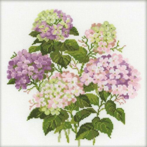 RIOLIS  1246  GARDEN  HYDRANGEA  COUNTED CROSS STITCH KIT