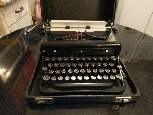 Time Capsule 1940 Royal Typewriter in Original Carry Case